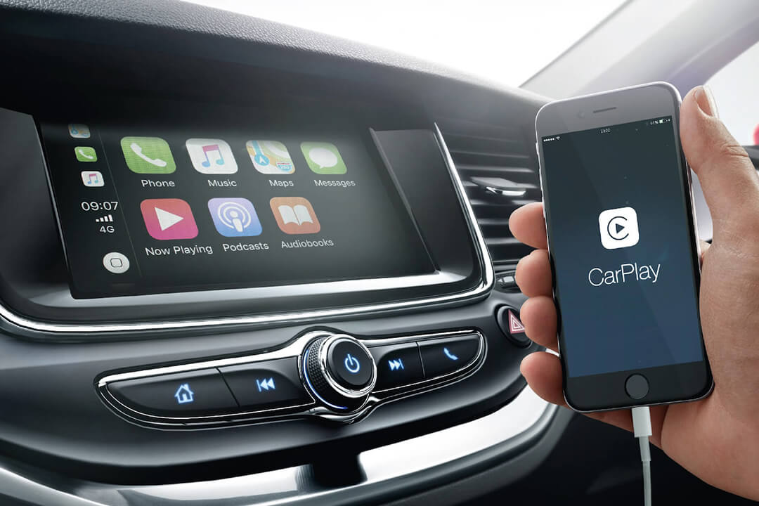 opel-astra-5d-med-apple-carplay