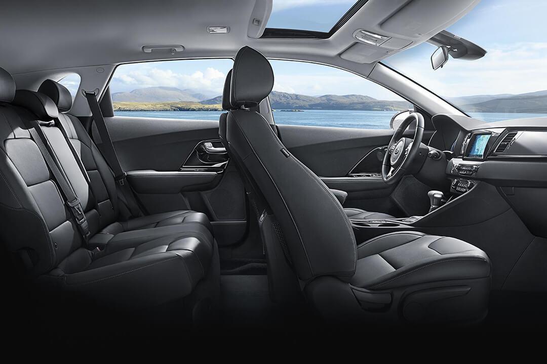 kia-niro-hybrid-crossover-interior