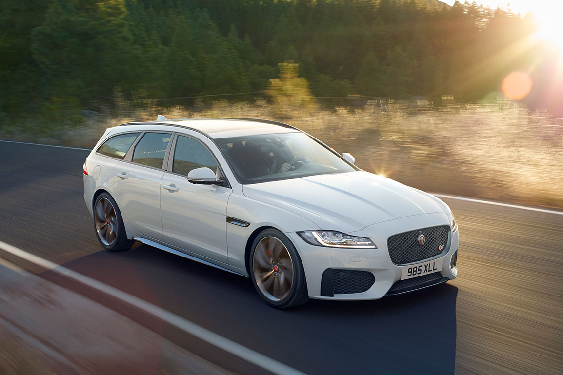 jaguar-xf-sportbrake-action-3