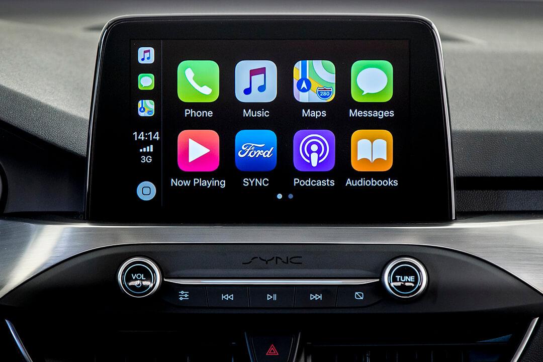 ford-focus-kombi-titanium-instrumentpanel-med-apple-carplay